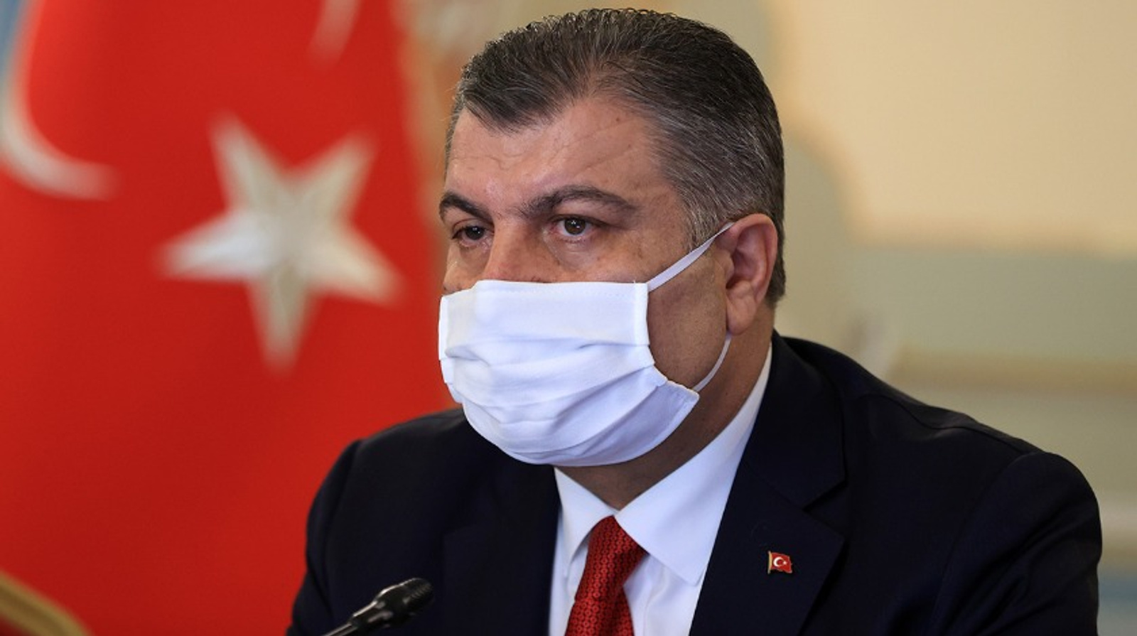 Sağlık Bakanı Fahrettin Koca'dan uyarı: Hafta içi riski her yerde düşürelim