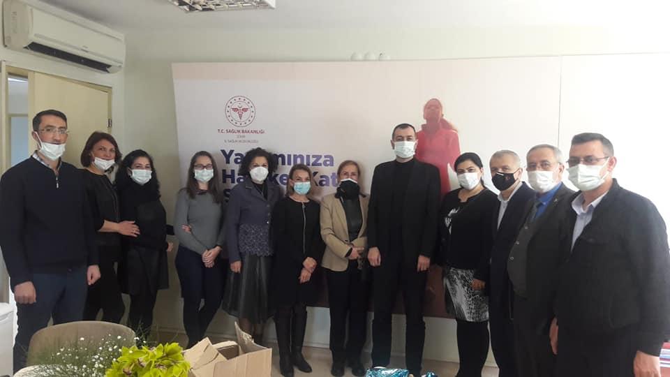 MHP Bayraklı Dan Sağlık Çalışanlarına Anlamlı Ziyaret