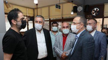 AK Parti İzmir'den 30 ilçede eş zamanlı ziyaretler