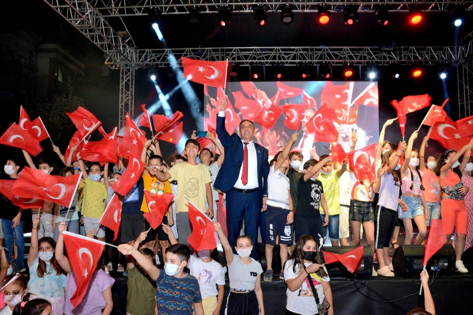 Beydağ'da Kurtuluş Günü Coşkuyla Kutlandı