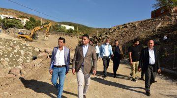 Başkan Serkan Acar, Yukarı Şehitkemal'de Çalışmaları İnceledi